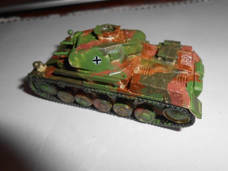 jagdpanther - Maquettes au 1/76: Panzer II, JagdPanther et A-34 Comet Dscn1310