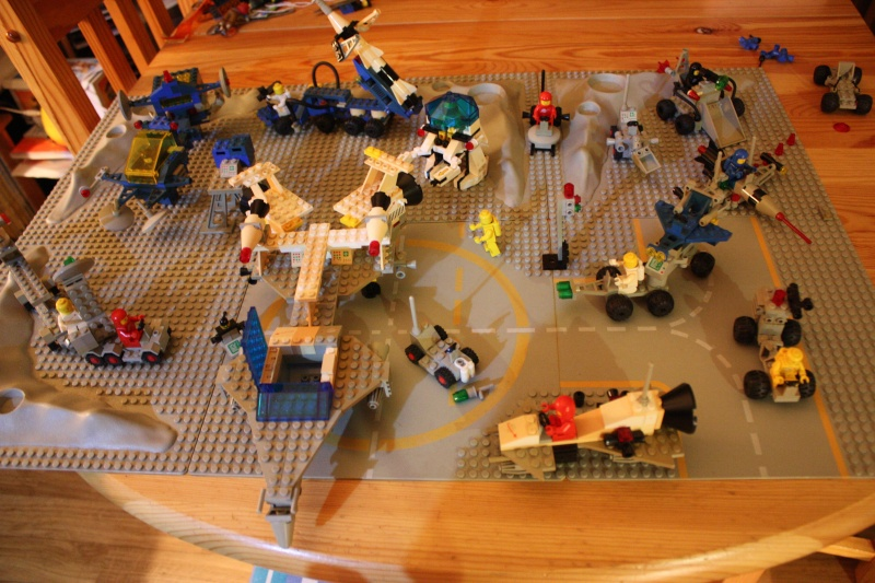 [LEGO] : ESPACE - SPACE - Page 5 Img_4049
