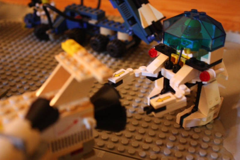 [LEGO] : ESPACE - SPACE - Page 5 Img_4052