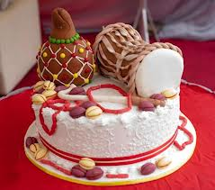 Top 12 Beautiful Nigerian Traditional Wedding Cakes Images15