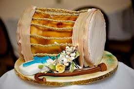 Top 12 Beautiful Nigerian Traditional Wedding Cakes Images25