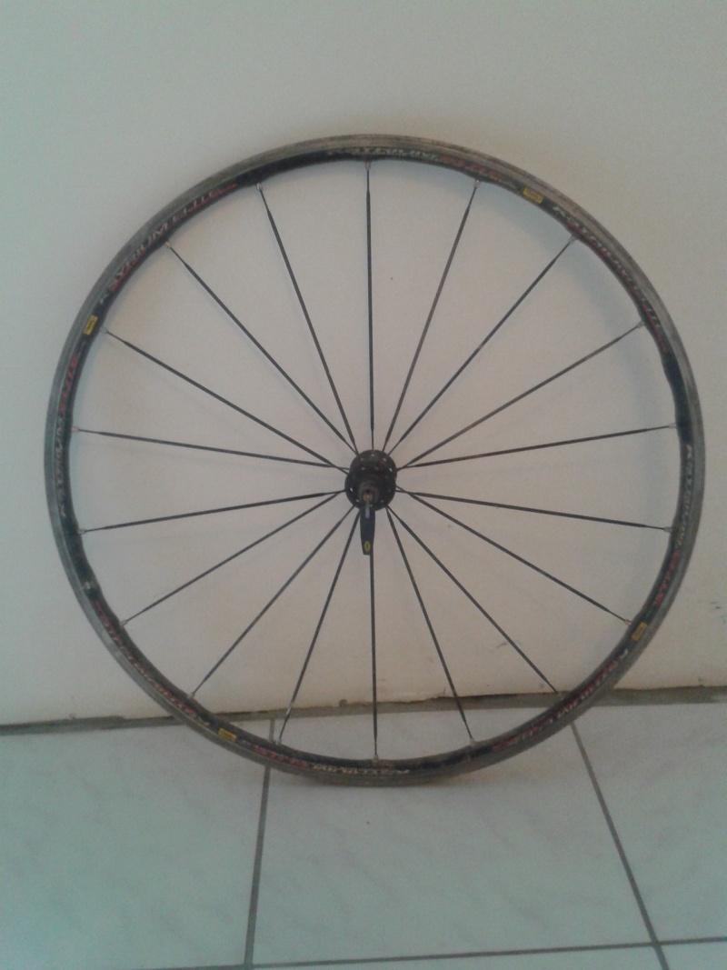 vend roue avant mavic ksyrium elite Roue_k10