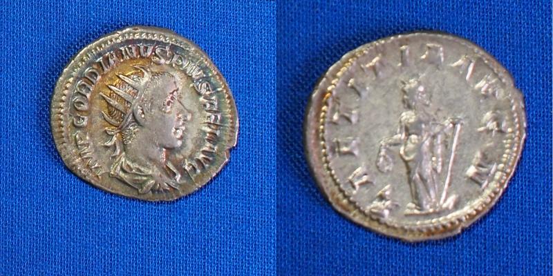 Antoninius de Gordien 5ab10