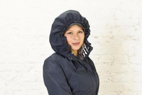 Le coin mode - Je cherche un poncho de pluie élégant pour la ville [vêtements de pluie] Captur13