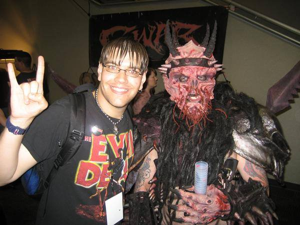 Bands That Quit Due To A Member's Death Gwar11