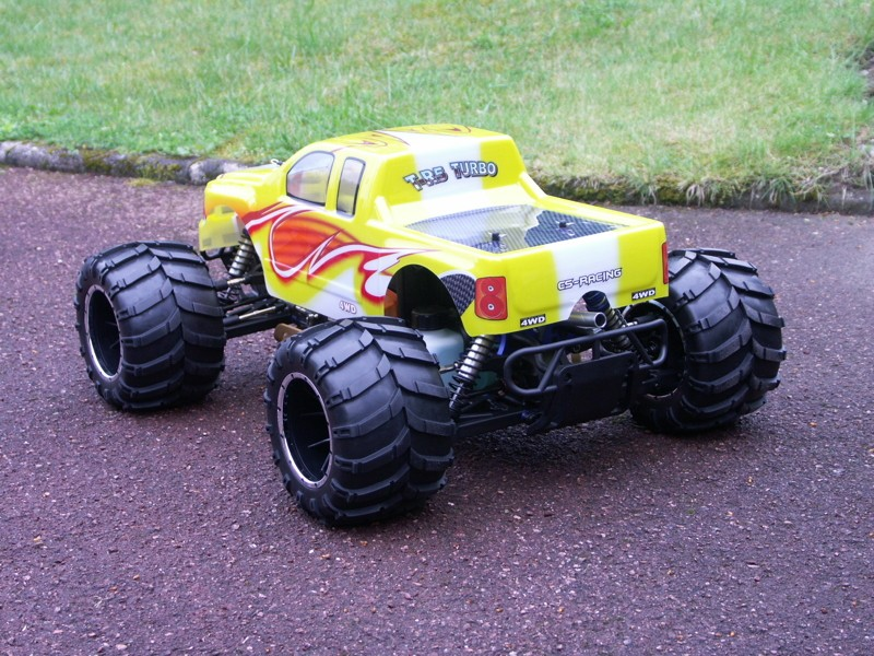 Mon Monster Truck 1/5 - T-R5 Turbo Pict1319