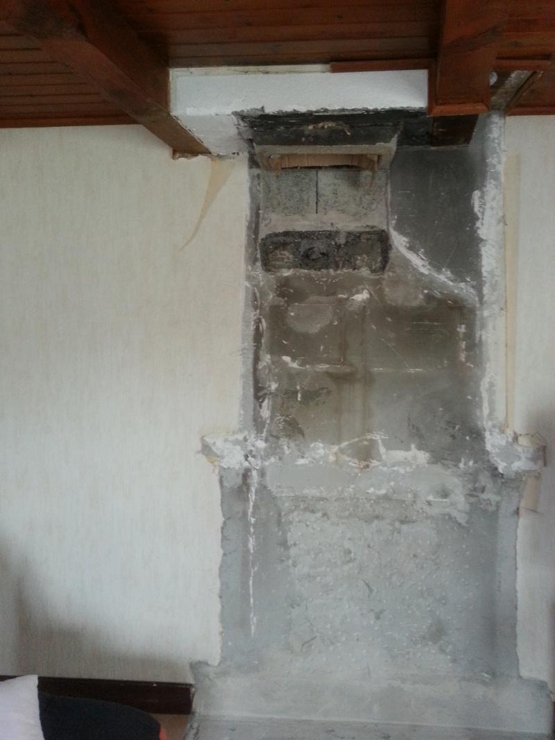 refaire un mur derriere un poele  Travau12
