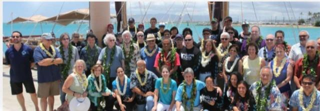 Départ d'Hawaï pour un TDM en pirogue traditionnelle Equipa10