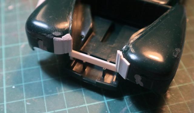 Comme Manu : défi montage: Lincoln Continental 48' de chez Pyro - Page 4 00216