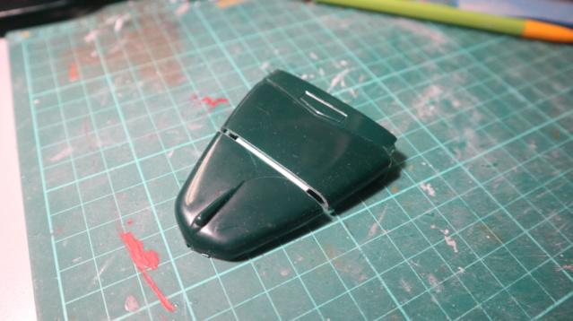 Comme Manu : défi montage: Lincoln Continental 48' de chez Pyro - Page 5 00419