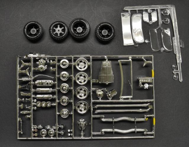 ouvre boite   AMT/Ertl Ford coupé 1936  1/25 00612
