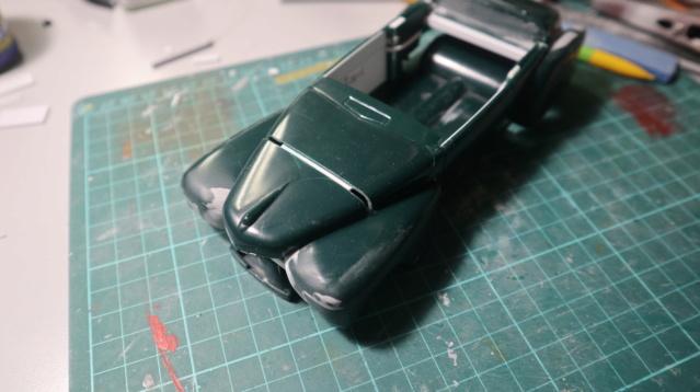 Comme Manu : défi montage: Lincoln Continental 48' de chez Pyro - Page 5 00618