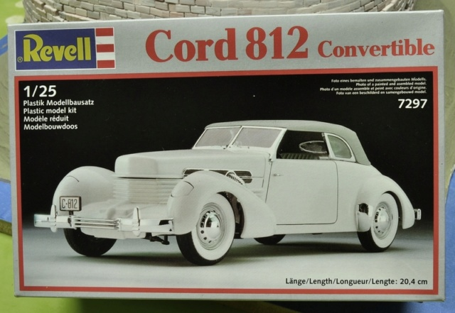 Ouvre- boite .....Revell  :  Cord 812 convertible 1/25 020_8013
