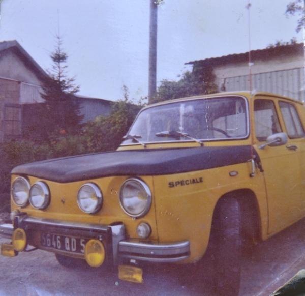 Trois Renault 8 gordini Heller 1/24 022_8031