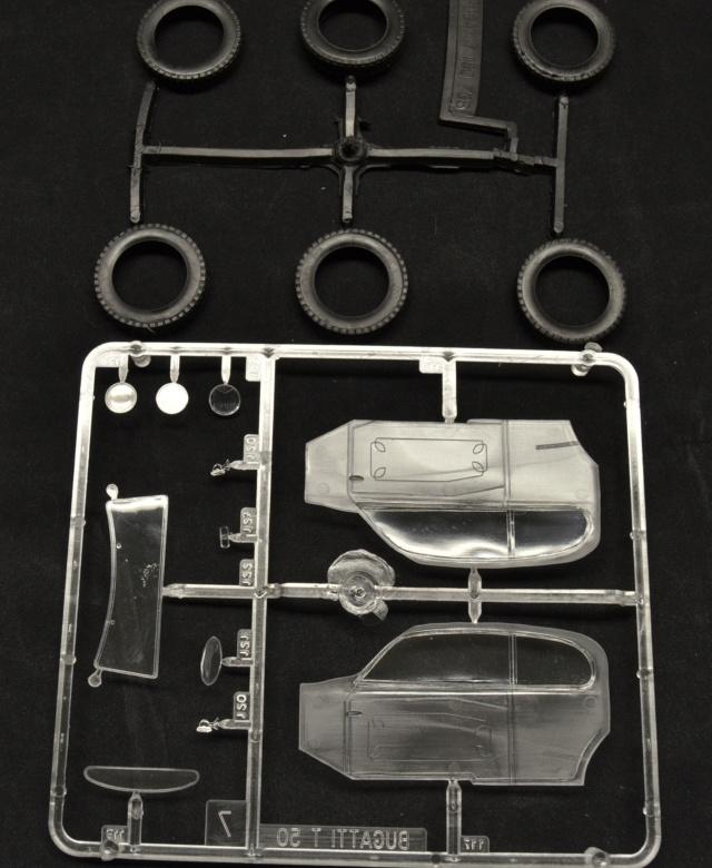 Ouvre boite Heller : Bugatti T50 au 1/24 03110