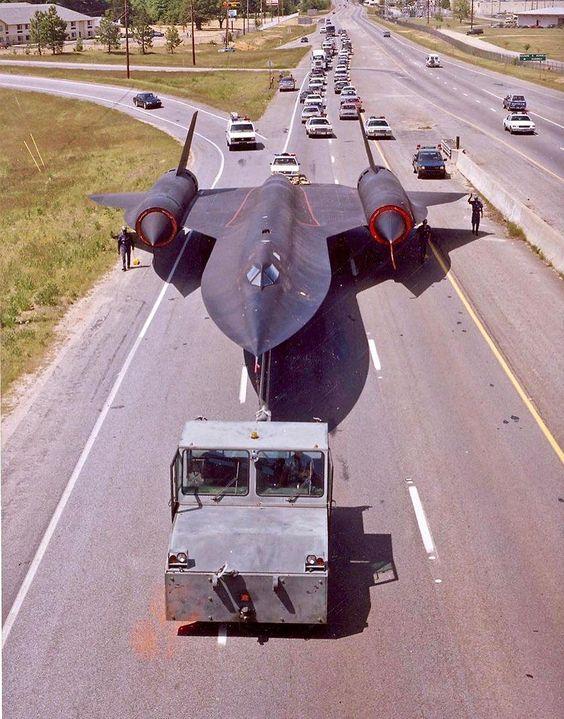 Les géants des airs : Le Lockheed SR-71 [Academy 1/72] - Page 2 0d9b9f10