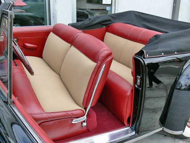 Comme Manu : défi montage: Lincoln Continental 48' de chez Pyro 1948-l11