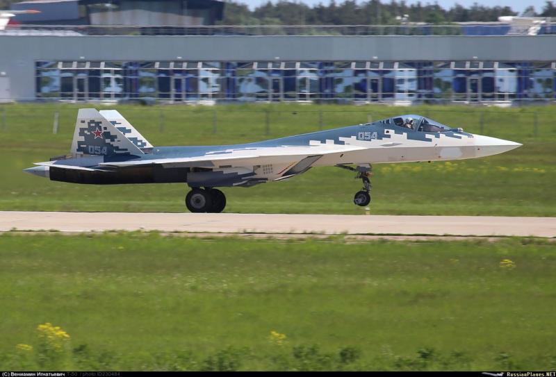Les géants des airs : Northrop YB-49 [Italeri 1/72] - Page 3 23048410