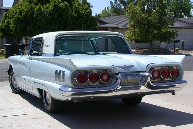 Défi montage maquette : AMT réf. 1135 1960 Ford Thunderbird 1/32 *** Terminé en pg 4 5714e410