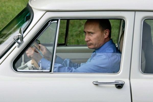 Nouvelle lubie.....L'automobile russe en miniatures. - Page 2 6b56c410