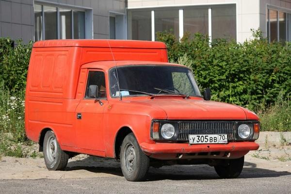 Nouvelle lubie.....L'automobile russe en miniatures. - Page 2 800px-13