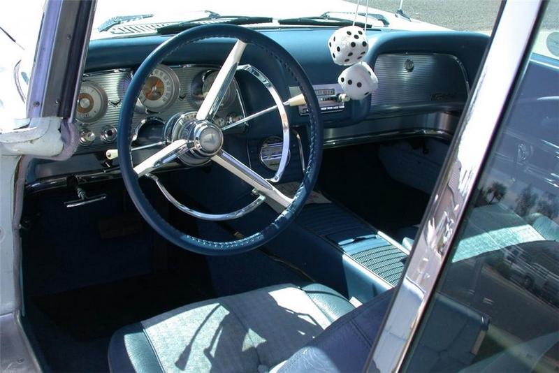 Défi montage maquette : AMT réf. 1135 1960 Ford Thunderbird 1/32 *** Terminé en pg 4 80b0b710