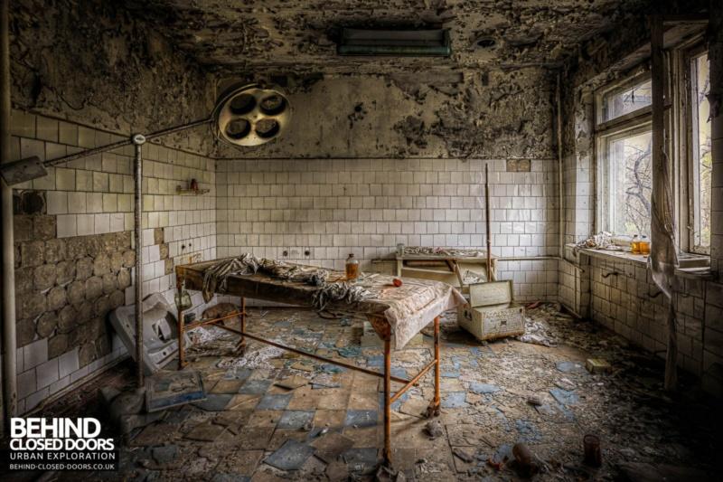 Crazy Hospital 1/35 (FINI) Abando10