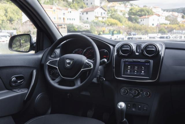 *Montage pas-à-pas* Jaguar XJ 220 [Revell 1/24] Dacia_10