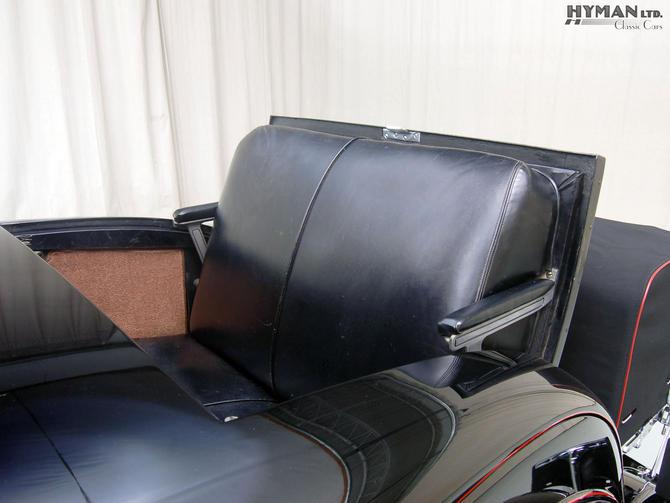Cadillac cabriolet V16 Fleetwood. 1931  Jo-Han  1/24 - Page 3 Fleetw10