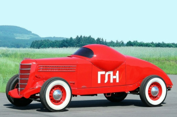 Nouvelle lubie.....L'automobile russe en miniatures. - Page 8 Gaz_gl10