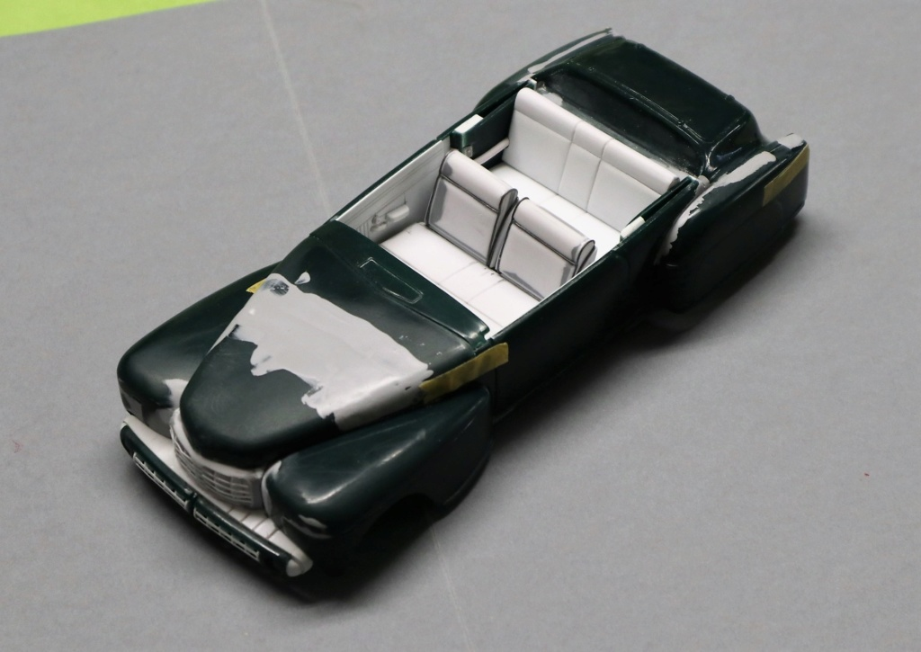 Lincoln Continental 1948 ( Pyro 1/25) - Page 3 Img_0245