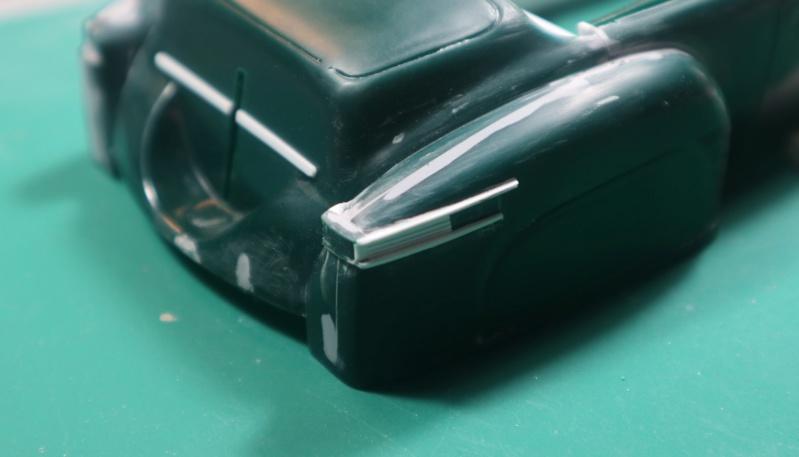 Comme Manu : défi montage: Lincoln Continental 48' de chez Pyro - Page 7 Img_1011