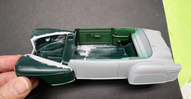 Comme Manu : défi montage: Lincoln Continental 48' de chez Pyro - Page 9 Img_1240