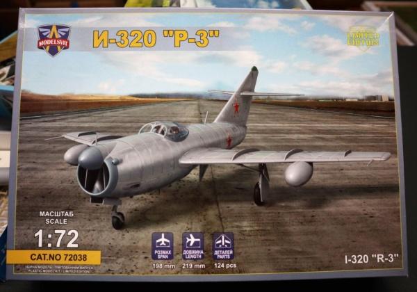 Mig  I-320 R3 Modelsvit 1/72 Img_2225