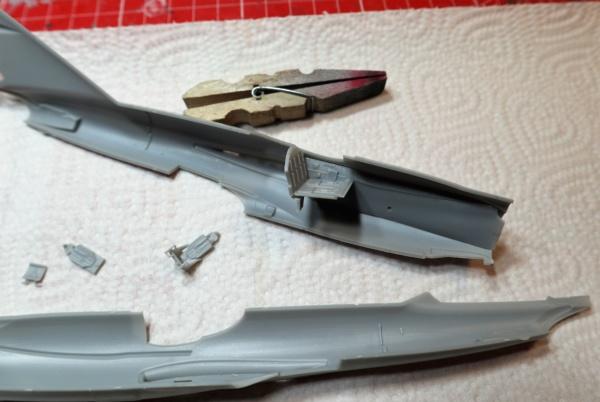 Mig  I-320 R3 Modelsvit 1/72 Img_2227