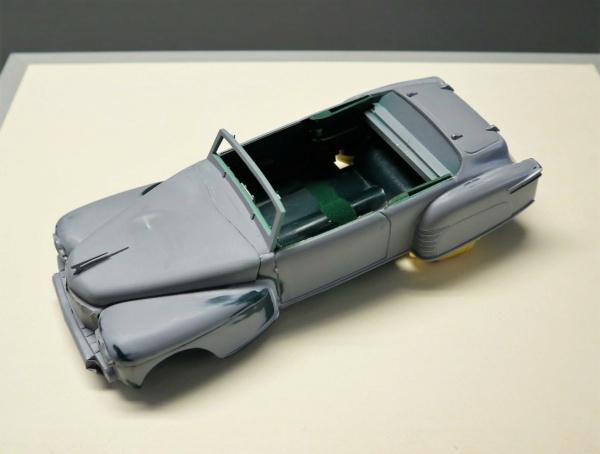 Comme Manu : défi montage: Lincoln Continental 48' de chez Pyro - Page 13 Img_2520