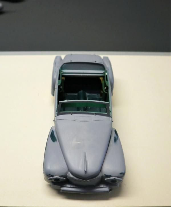 Comme Manu : défi montage: Lincoln Continental 48' de chez Pyro - Page 13 Img_2521