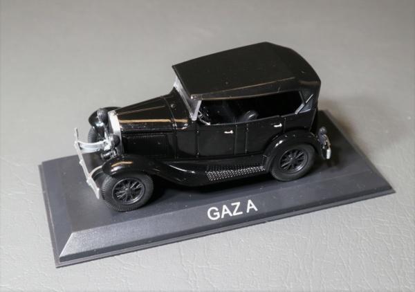 Nouvelle lubie.....L'automobile russe en miniatures. - Page 2 Img_2531