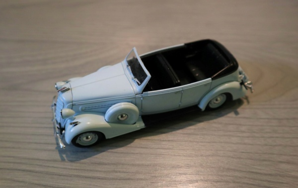 Nouvelle lubie.....L'automobile russe en miniatures. - Page 2 Img_2545