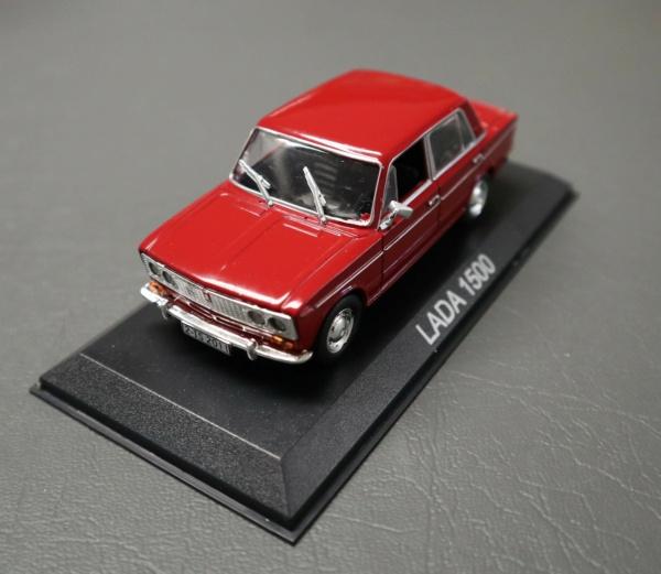 Nouvelle lubie.....L'automobile russe en miniatures. - Page 2 Img_2611