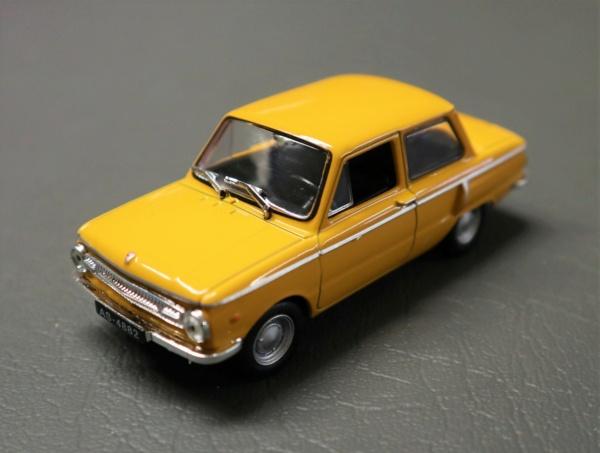 Nouvelle lubie.....L'automobile russe en miniatures. - Page 2 Img_2613