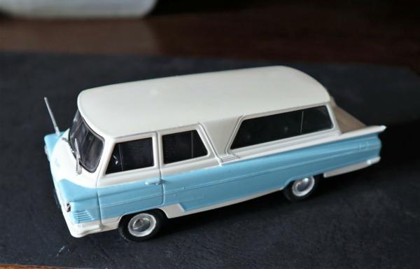 Nouvelle lubie.....L'automobile russe en miniatures. - Page 6 Img_2817