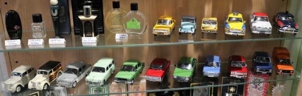 Nouvelle lubie.....L'automobile russe en miniatures. - Page 7 Img_2826