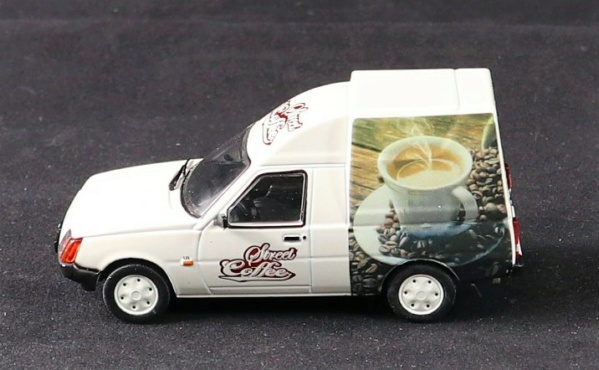 Nouvelle lubie.....L'automobile russe en miniatures. - Page 8 Img_2914