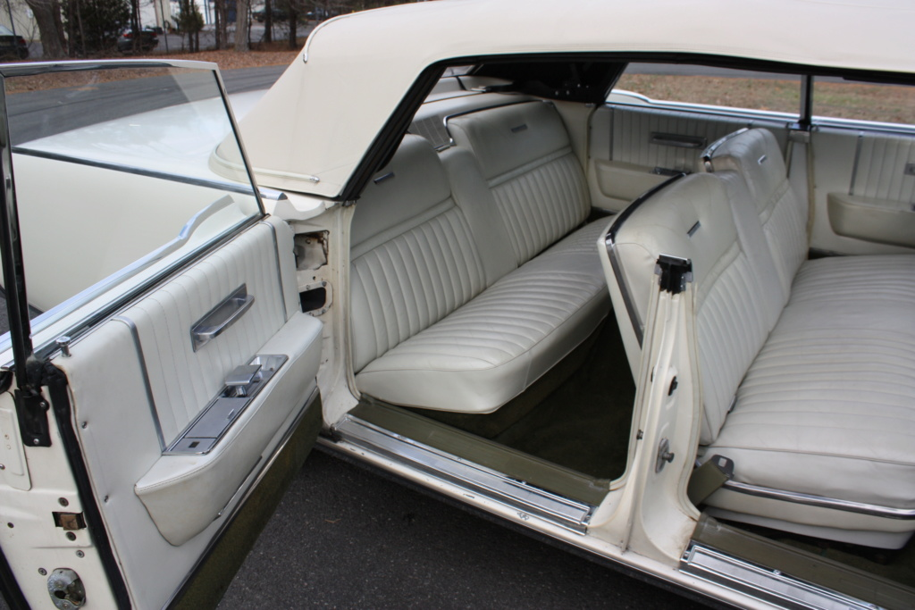 Lincoln Continental 65' convertible Img_3512