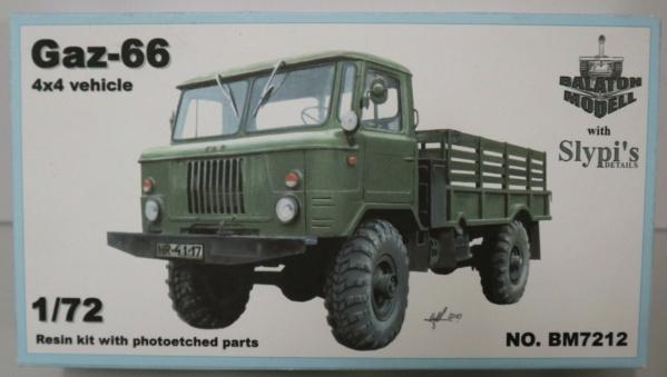 Boites aux sujets divers + les véhicules terrestres 1/72 Img_3634