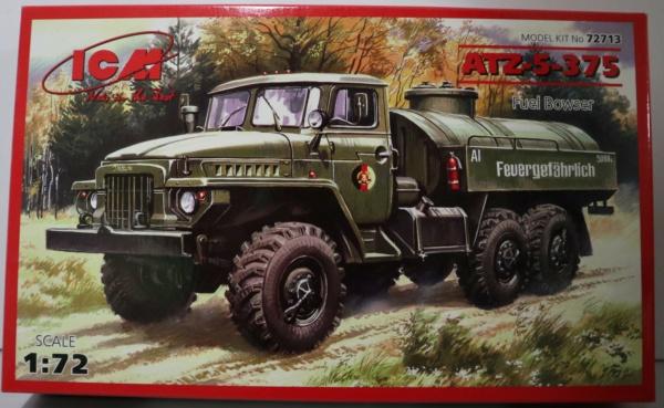 Boites aux sujets divers + les véhicules terrestres 1/72 Img_3640