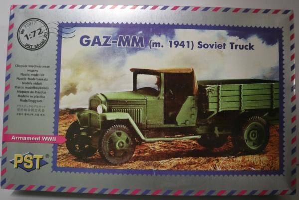 Boites aux sujets divers + les véhicules terrestres 1/72 Img_3646
