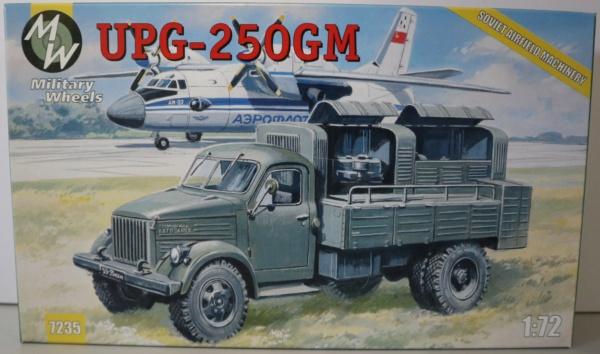 Boites aux sujets divers + les véhicules terrestres 1/72 Img_3656
