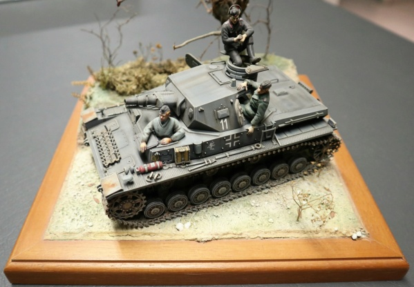 """1945 LA CHUTE DE BERLIN""  - T34 ACADEMY - JEEP ITALERI - FIGURINES TAMIYA 1/35  - Page 3 Img_4113"